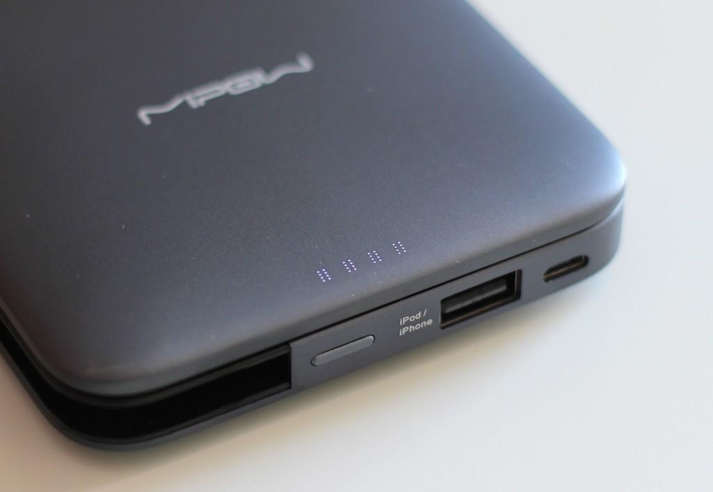 MIPOW Power Cube 9000 L Bank Akku Lightning 8 Pin Apple MFI LED Status MMonkey