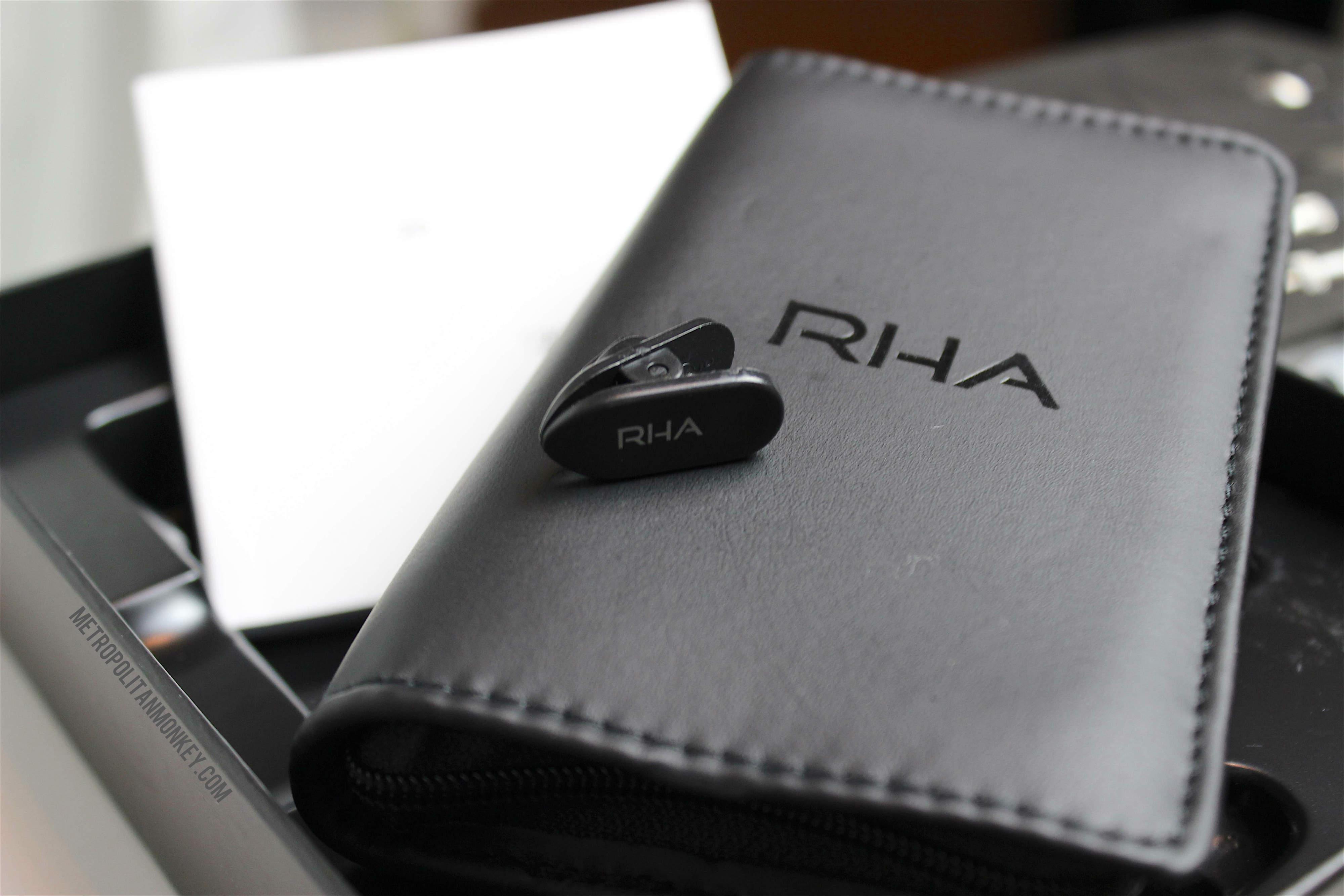 RHA T20i Case Clip