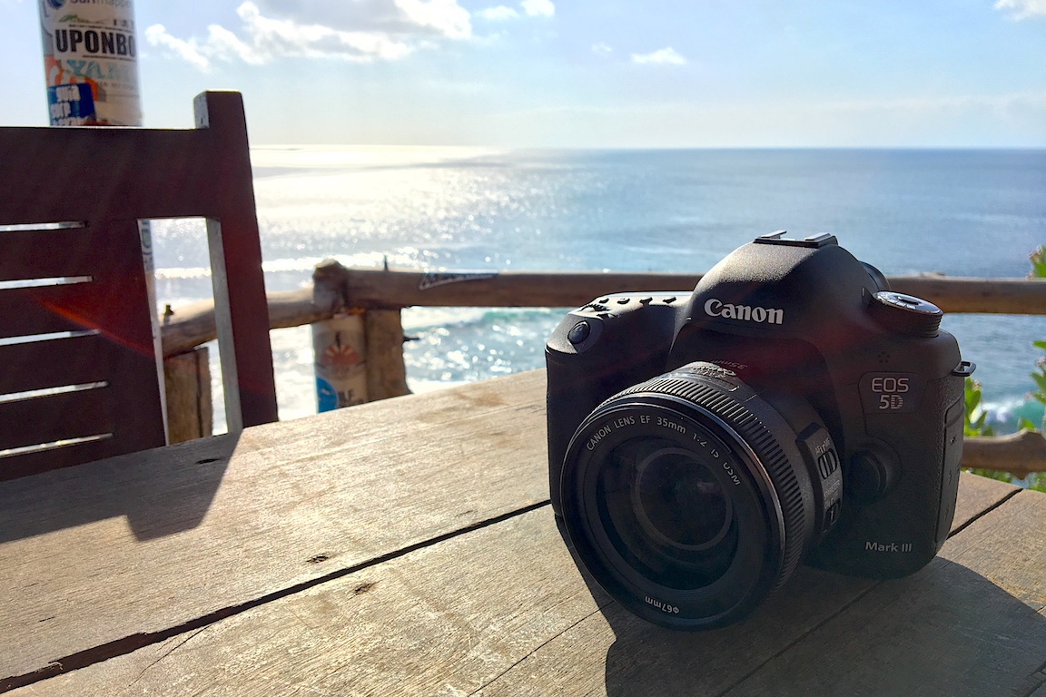 canon eos 5d beach travel