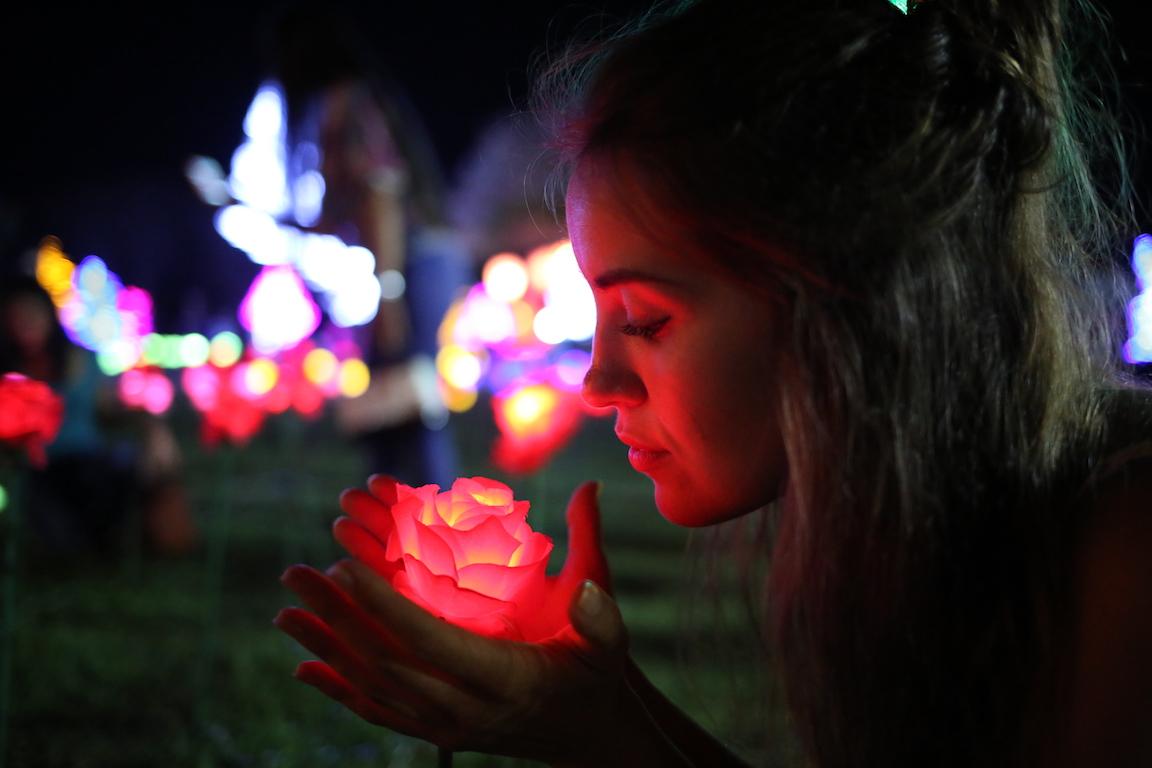 nusa dua light festival metropolitan monkey