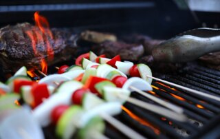 char-broil gas2coal grill test review metropolitan monkey