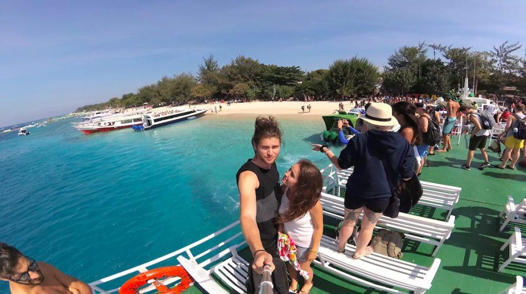 gili islands gili trawangan speedboat metropolitan monkey