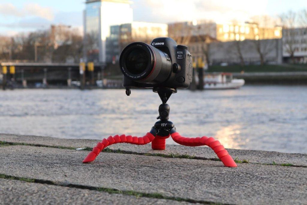 ISY ITT 750 Gorillapod Test Canon EOS 6D II Metropolitan Monkey